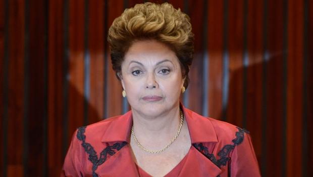 Dilma Rousseff pode sofrer impeachment. Financial Times lista dez motivos