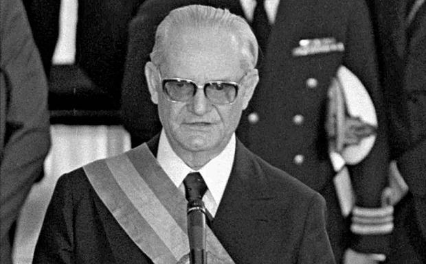 Ernesto Geisel: o general, que matou a ditadura, impediu a tortura e mais mortes no II Exército, em São Paulo: Resulado: foi execrado pela Comissão Nacional da Verdade