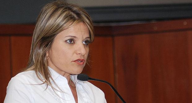 Deputada Flávia Moraes