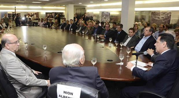 Marconi empossa Conselho de Excelência que irá acompanhar trabalho das OSs responsáveis por hospitais