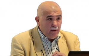 Brunello Natale De Cusatis: retextualização sem deturpar o texto original de Ángel Crespo