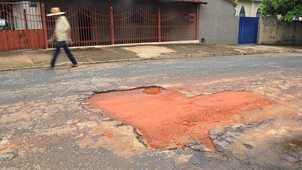 Investigação mostra que só não há buraco num lugar de Goianira
