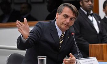 """""""Jair Bolsonaro se diz de direita, mas tem ideias ultraconservadoras, como a de que o governo deve controlar a economia. Ou seja, conceitos de esquerda"""" Foto: Wilson Dias/ Agência Brasil"""