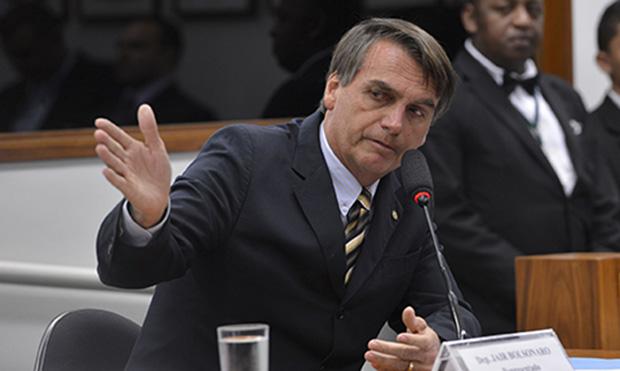 Jair Bolsonaro: estilo ofensivo que representa muita gente, diz jornalista Foto:Wilson Dias/ABr