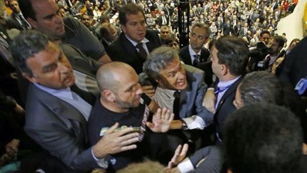 Senador eleito por Goiás defende a entrada de manifestantes no Congresso | Foto: reprodução / Facebook