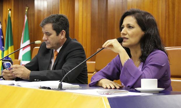 Clécio Alves, presidente, e Célia Valadão, líder do prefeito, têm interesse em votar IPTU/ITU o quanto antes | Foto: Alberto Maia/Câmara de Goiânia