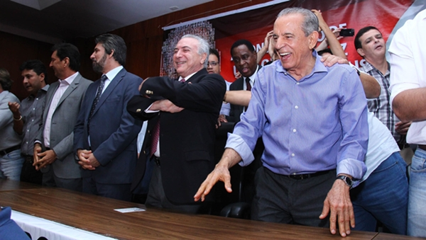 Ao lado de Michel Temer, vice-presidente pelo PMDB, Iris lança candidatura ao Governo de Goiás em 2014   Foto: Edilson Pelikano