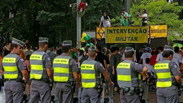 Veja Fotos: Manifestação contra o governo Dilma e corrupção movimenta o centro de São Paulo