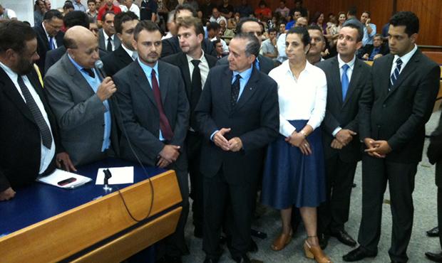 Anselmo, ao centro, conquistou Bloco Moderado e base   Foto: Marcello Dantas/Jornal Opção Online