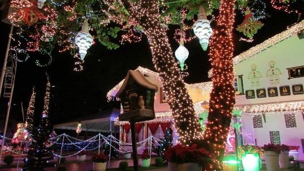 Decoração de Natal da Polo Imóveis | Foto: Facebook / Polo Imóveis