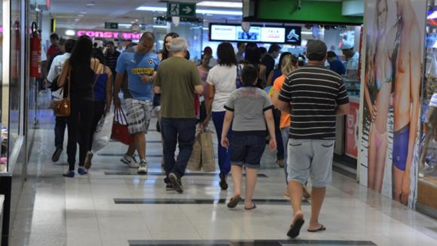 Vendas em shoppings cresceram 3% no Natal