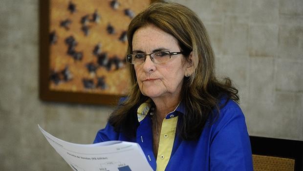 Graça Foster renuncia à presidência da Petrobras; goiano é cotado para vaga