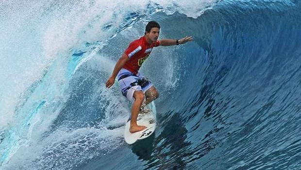 Morre surfista Ricardo dos Santos, baleado em Santa Catarina