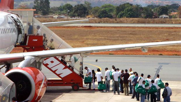 Aeronautas de Goiânia paralisam decolagens dia 22