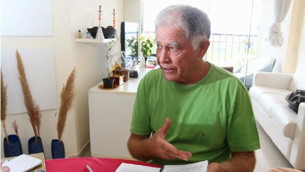 """Quanto à análise da obra de José J. Veiga e qualquer especulação sobre o escritor, o professor Agostinho Potenciano diz, certeiro: """"As perguntas são mais importantes que as próprias respostas"""" / Fernando Leite/Jornal Opção"""