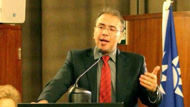 Eduardo Machado e nova diretoria tomam posse na Metrobus