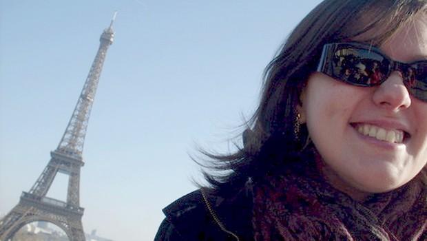 Goiana que mora na rua do jornal Charlie Hebdo diz que Paris está mais tranquila depois do atentado