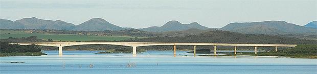 lago serra da mesa ponte nova mar2009