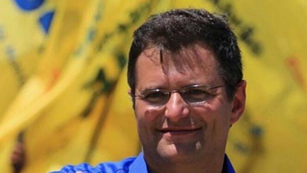 Deputado Marcos Abrão alega não ter permitido propaganda política no dia das eleições
