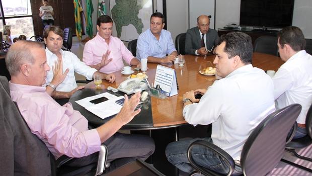 Prefeito se reúne com executiva do PMDB metropolitano | Foto: Humberto Silva
