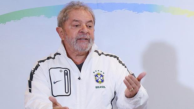 Lula defende mais presença do PMDB no governo antes que piore o que está ruim