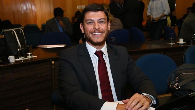 Único candidato a secretário-adjunto, Otávio Forte foi eleito por aclamação | Foto: Fernando Leite / Jornal Opção