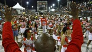 Desfile das escolas de samba em Porto Alegre. Na foto, Muamba 2015 /  Ricardo Giusti/ PMPA