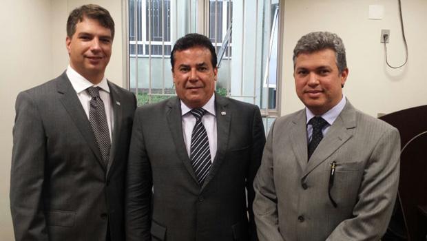 OAB Goiás finaliza reforma na sala da instituição em Formosa