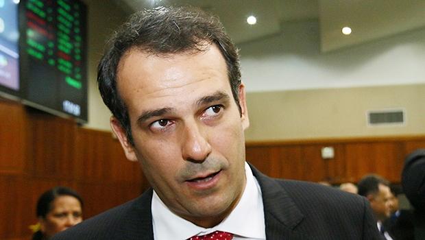Deputado Renato de Castro durante cerimônia de posse na Assembleia | Foto: Fernando Leite/Jornal Opção