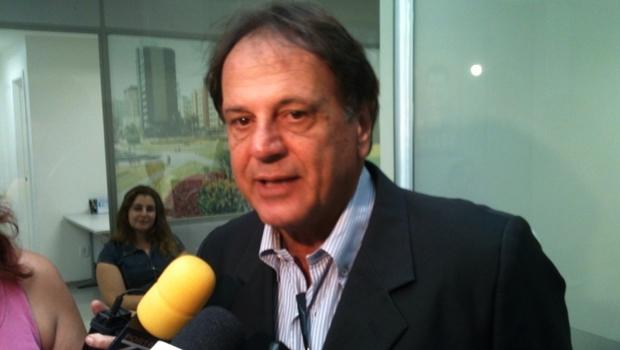 """Adib Elias quer reformulação do PMDB e diz que expulsões de vereadores do PT foram """"grandes exemplos"""""""