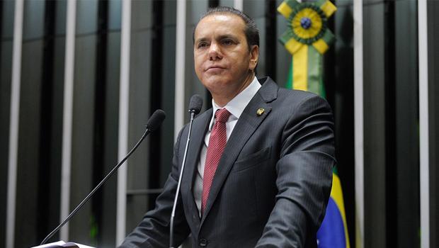 """Senador Ataídes Oliveira quer investigação no """"Sistema S"""" do governo federal"""