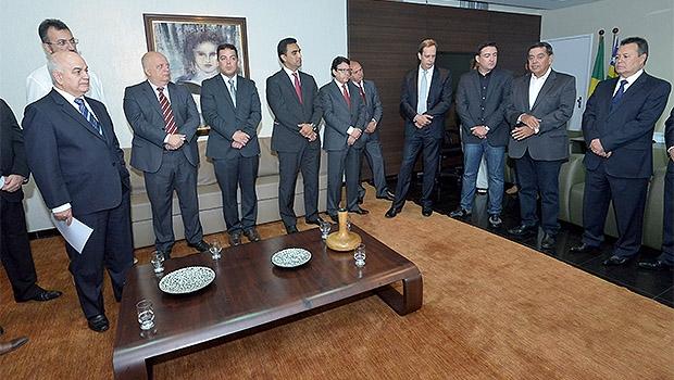 Novos diretores foram empossados na Assembleia | Foto: Y. Maeda/Assembleia