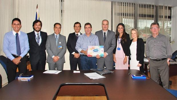 Prefeito João Gomes prestigia implantação do projeto piloto da Caixa Econômica Federal em Anápolis