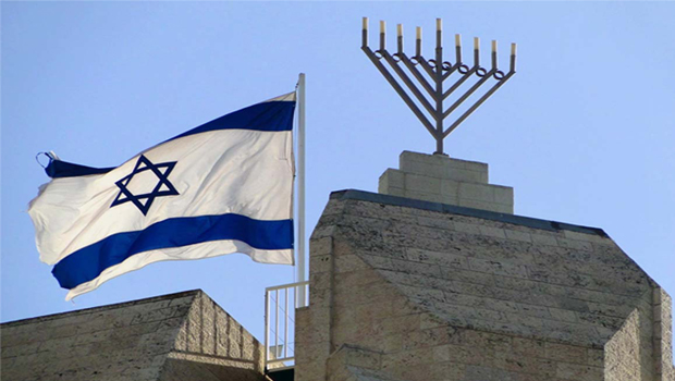 Motorista investe contra soldados e deixa pelo menos quatro mortos em Jerusalém