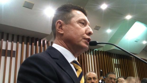 José Nelto (PMDB) usou o discurso para atacar o governador Marconi Perillo | Foto: Marcello Dantas / Jornal Opção