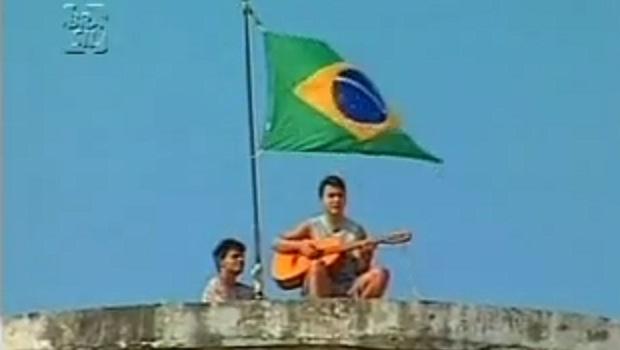 """Pareja canta """"Vida de Gado"""": """"Live at Cepaigo""""   Foto: documentário"""