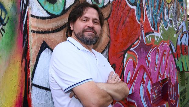 """Movido pelo """"aperreio"""", Marcelino Freire dá um belo """"vexame"""" literário: """"Eu escrevo e as palavras me socorrem"""""""