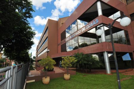 MP-GO instaura inquérito para investigar cortes de conciliação e arbitragem