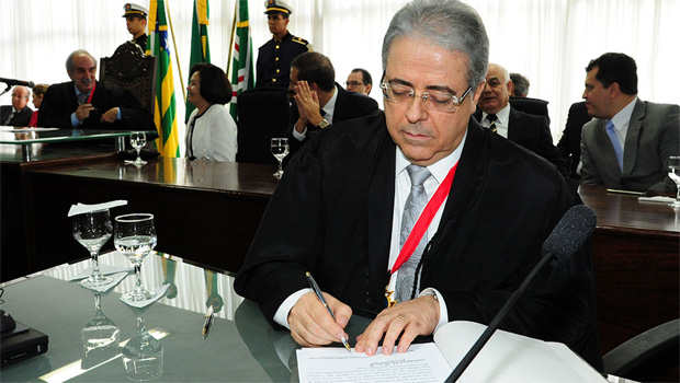 Presidente assume o TJGO com prioridade na qualidade dos serviços