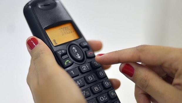 Redução de valores para ligações de fixo para móvel vale a partir desta terça-feira (24)   Foto: Marcello Casal Jr./Agência Brasil