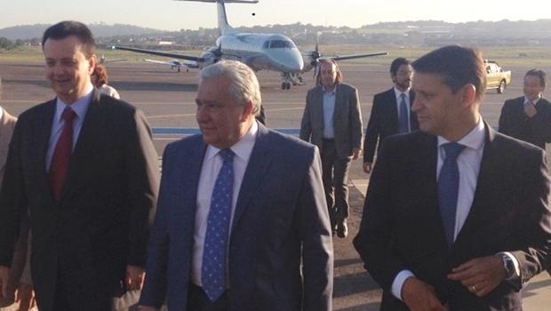 Gilberto Kassab chega a Goiânia para agenda com Marconi e Paulo Garcia