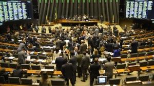 Para seguir, pedido de impeachment deve ter aprovação de dois terços dos deputados | Foto: Fabio Rodrigues Pozzebom/Agência Brasil