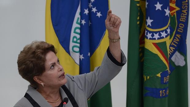 Dilma nas alturas: reprovação recorde no Centro-Oeste   Foto: José Cruz / ABr