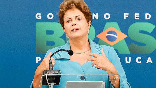 O pudor do PSDB ao sair às ruas e a franqueza de Dilma ao citar o termo impeachment