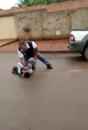 agressão-menino-escola