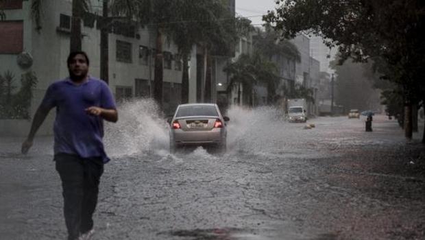 Em fevereiro e março, o volume de chuva em São Paulo foi superior à média esperada pelos meteorologistas | Foto: Marcelo Camargo/Agência Brasil