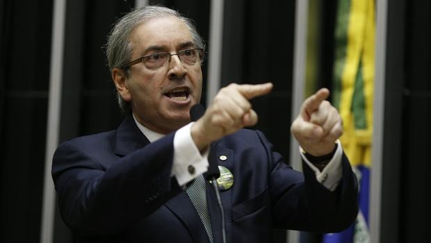 """Eduardo Cunha diz que Dilma tem de ter """"cautela"""" para vetar terceirização"""