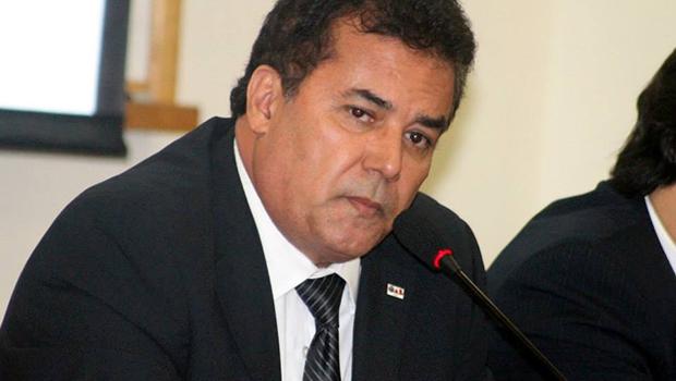 Inflação de candidatos na OAB-Goiás tende a garantir reeleição de Enil Henrique
