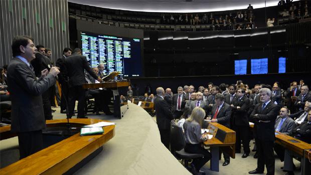 Cid Gomes na Câmara dos Deputados, na sessão em que reafirmou insulto aos parlamentares: mais do que falar o que os brasileiros querem, ele expressa a arrogância característica de um neocoronel político | Foto: Fabio Rodrigues Pozzebom/ Agência Brasil