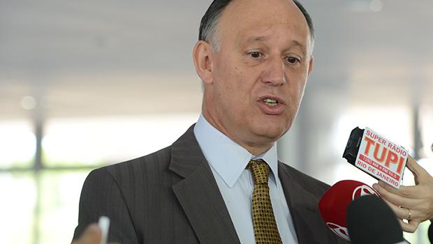 O novo conselho político do Planalto soa como teste de um curativo de emergência